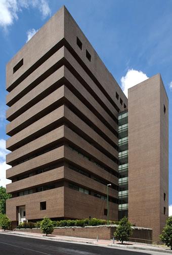Lrg arquitectos luis restrepo g mez arquitectos for Arquitectura moderna en colombia
